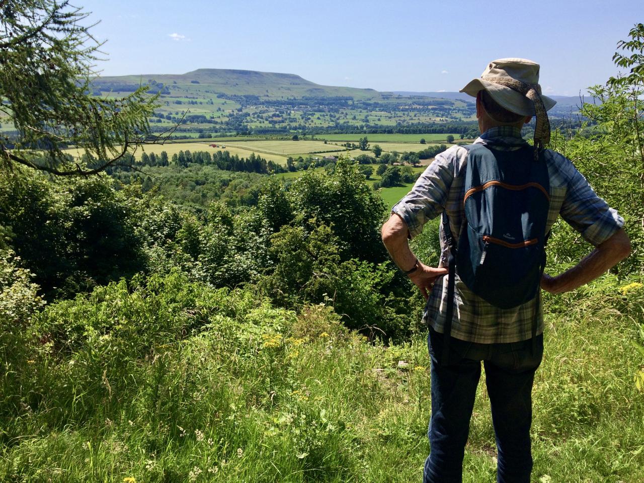 Leyburn-walk-Wensleydale-The-Shawl-2